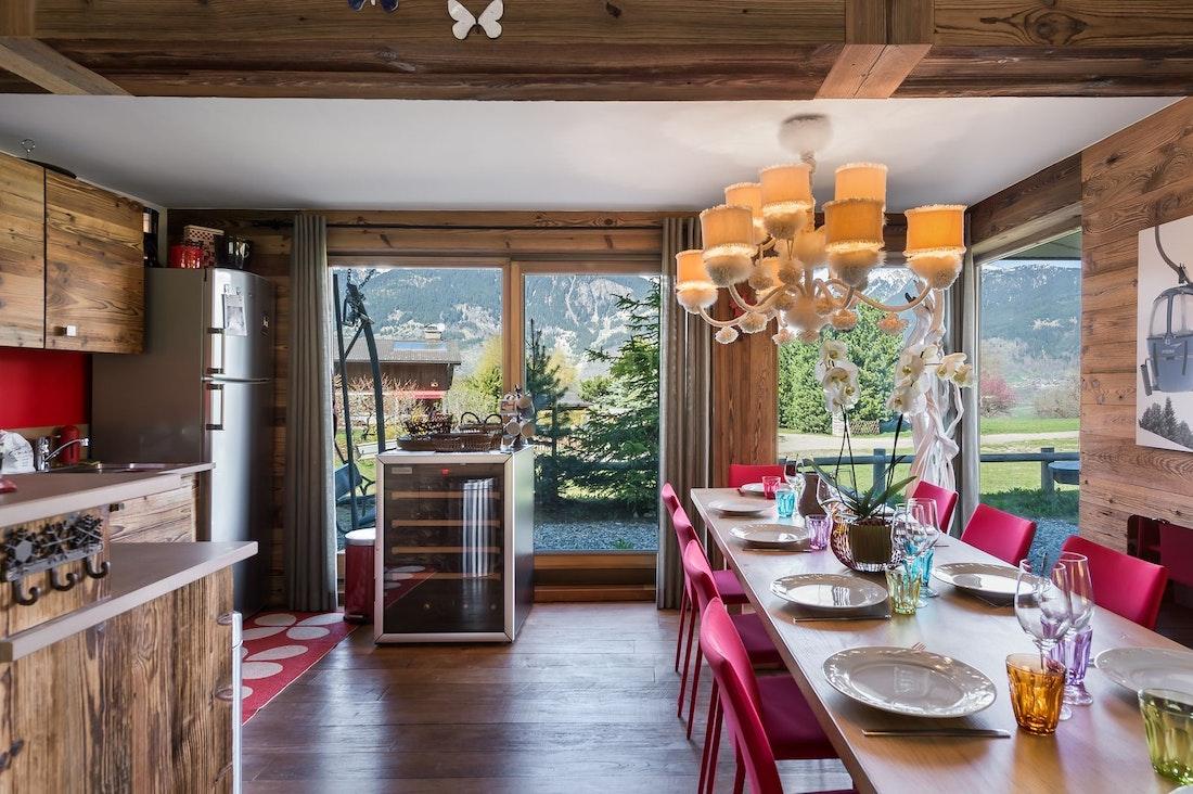 Cuisine contemporaine appartement de luxe aux pieds des pistes Moabi Courchevel Le Praz