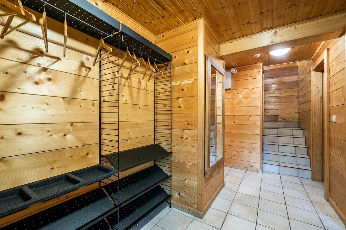 Private ski locker heater ski in ski out chalet Doux-Abri Morzine