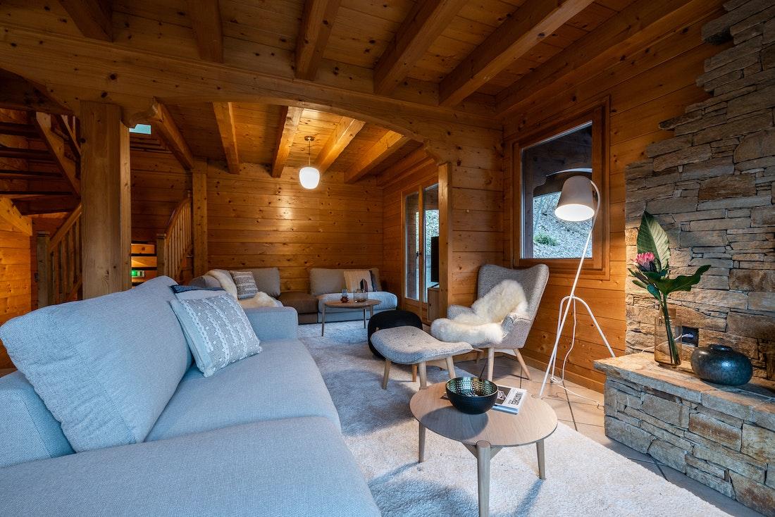 Design living room comfy sofas luxury family chalet Doux-Abri Morzine