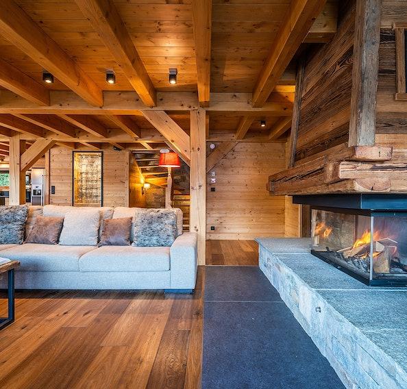 Alpine living room luxury ski chalet Abachi Les Gets