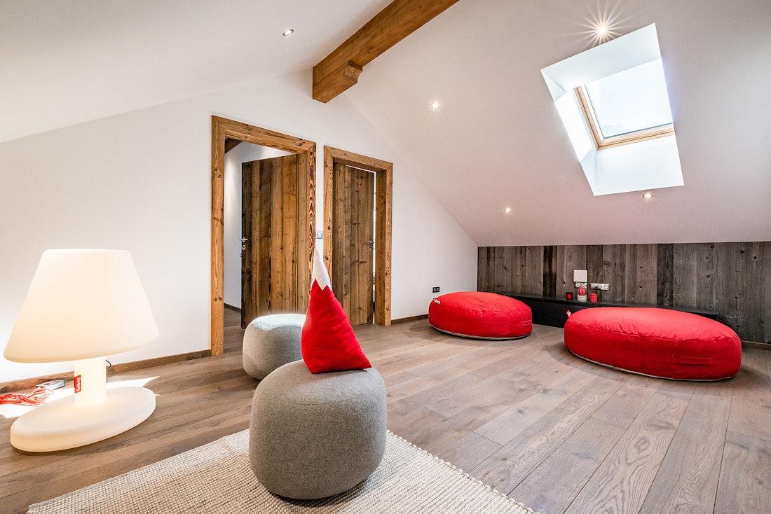 Mountain shaped pillows at Ruby luxury accommodation in Chamonix