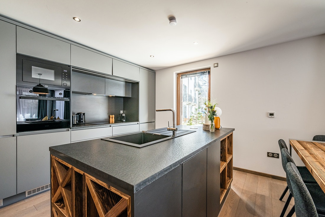 Modern fully-equipped kitchen at Eyong accommodation in Chamonix