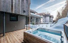 Private hot tub at Badi luxury chalet in Chamonix