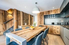 Spacious dining room luxury ski Chalet Herzog Chamonix
