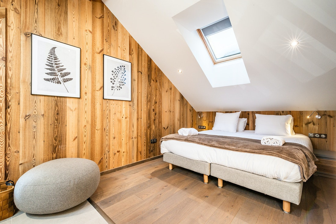 Double bedroom ensuite with fresh towels at Ruby luxury accommodation in Chamonix