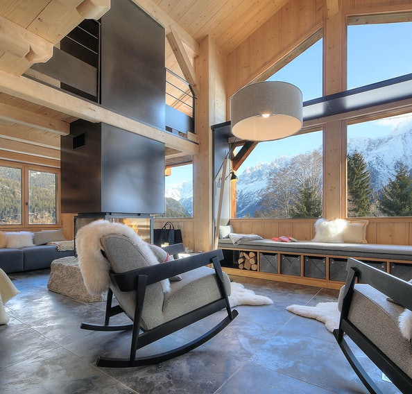 Alpine living room luxury spacious ski chalet Chalet Amapa Chamonix
