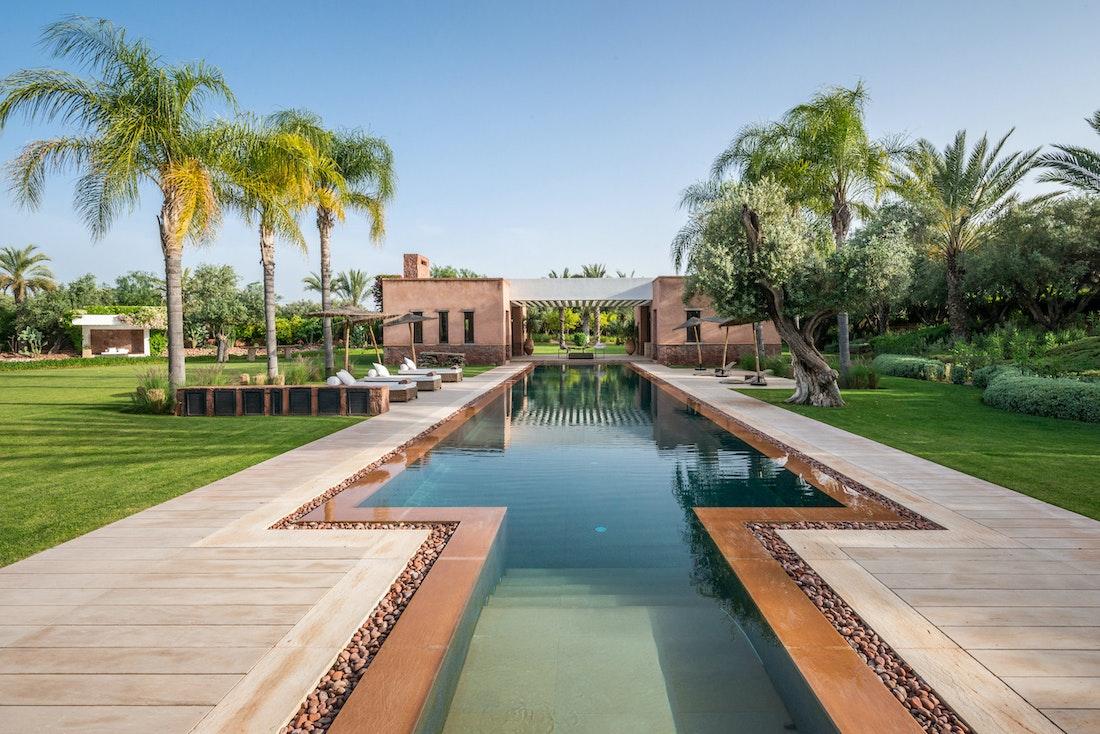 Private pool at Zagora private villa in Marrakech