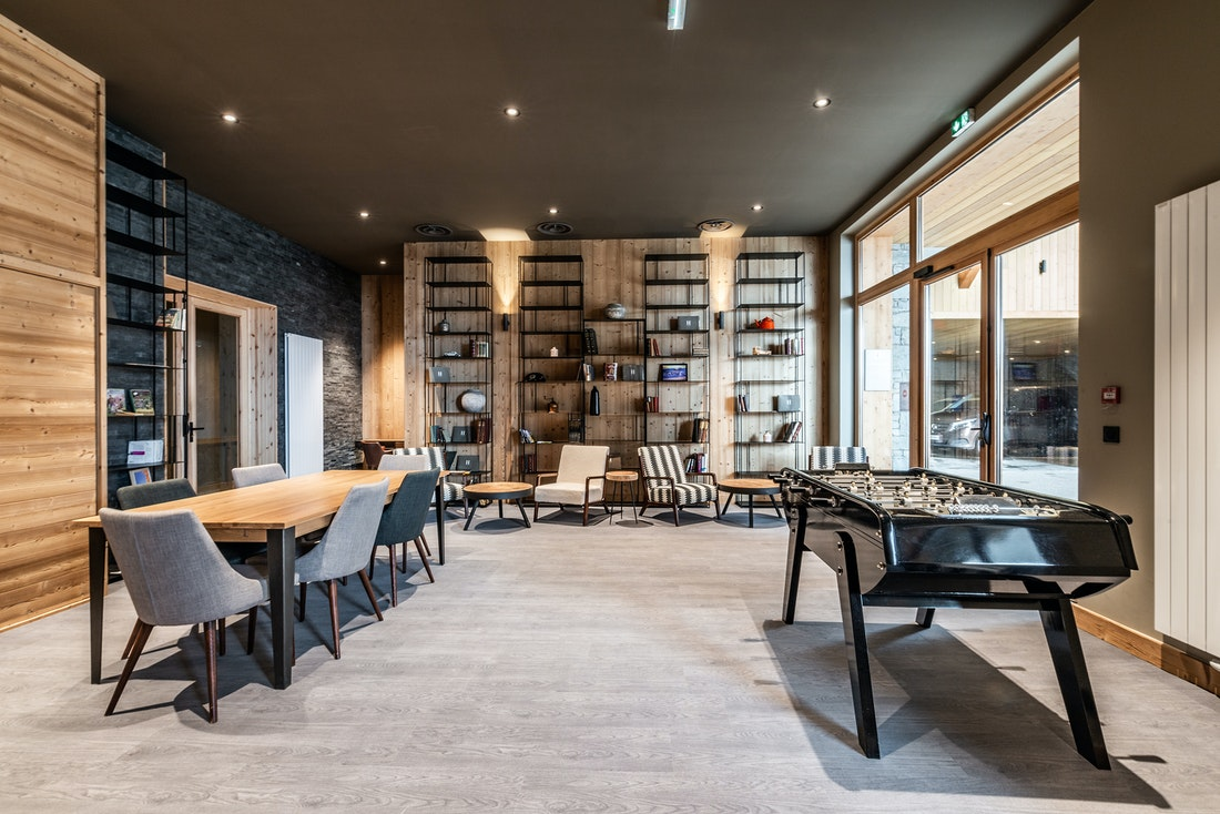 Communal lounge luxurious residence apartment Juglans Alpe d'Huez