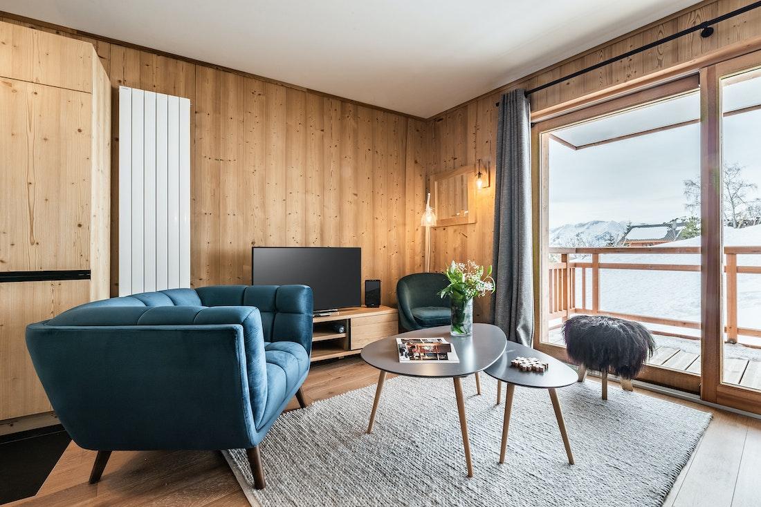 Alpine living room terrace luxury ski in ski out apartment Sorbus Alpe d'Huez