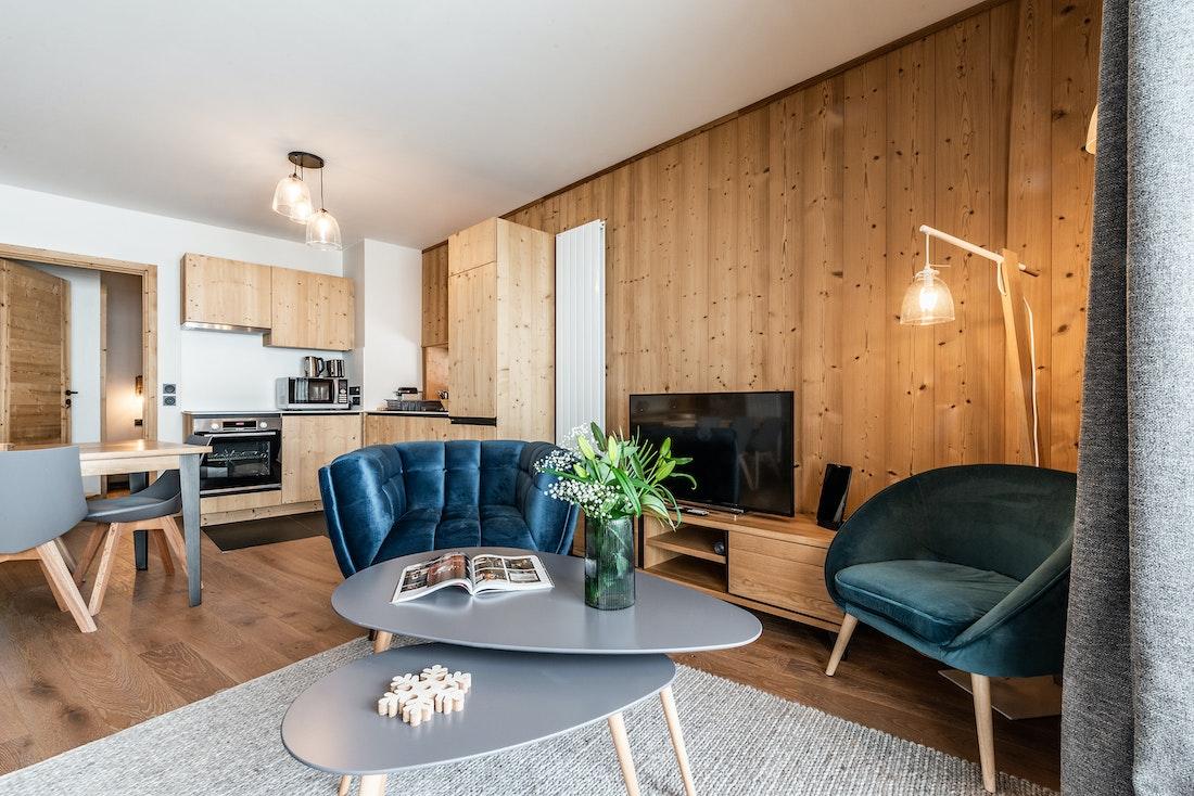 Family living room kitchen area luxury ski in ski out apartment Sorbus Alpe d'Huez