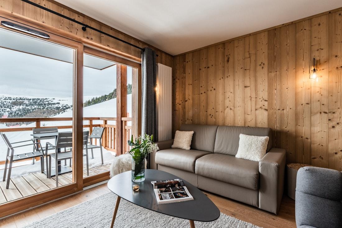 Alpine living room luxury ski in ski out apartment Thuja Alpe d'Huez