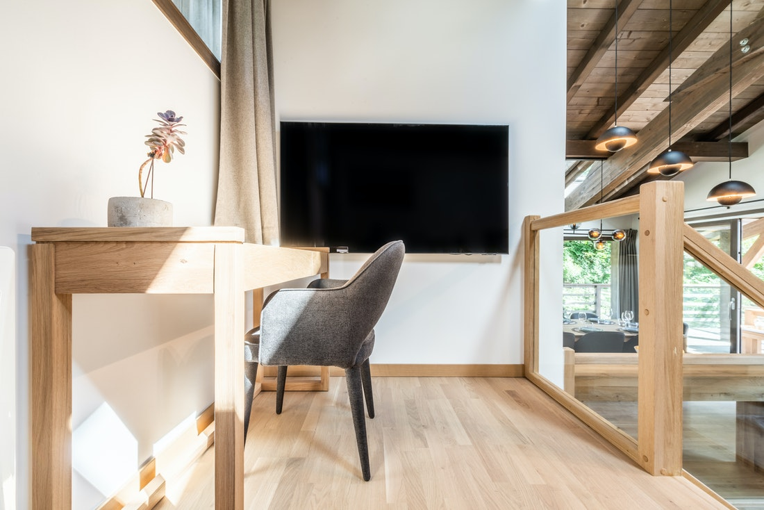 Comfortable cinema corner luxury family chalet Jatoba Chamonix