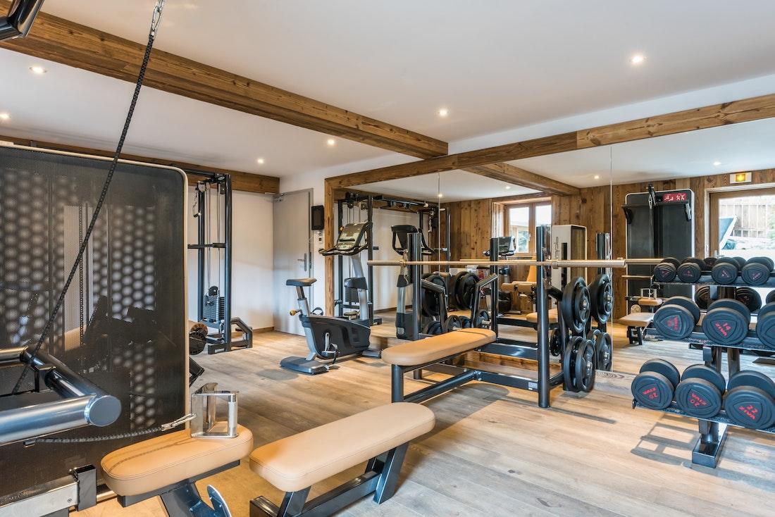 Communal gym machines at the ski apartment Ayan Morzine
