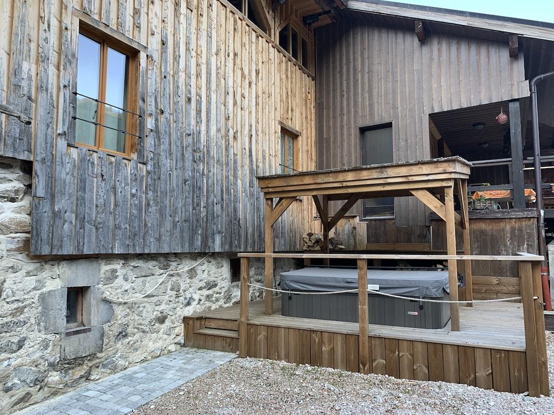 hot tub jacuzzi in La Ferme de Margot