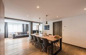 Alpine dining room luxury ski apartment Ayan Morzine