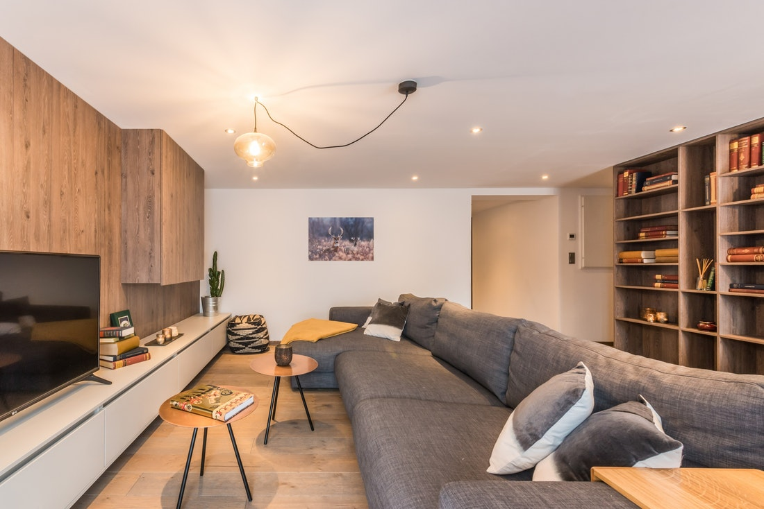 Modern living room with a tv at Sugi accommodation in Morzine