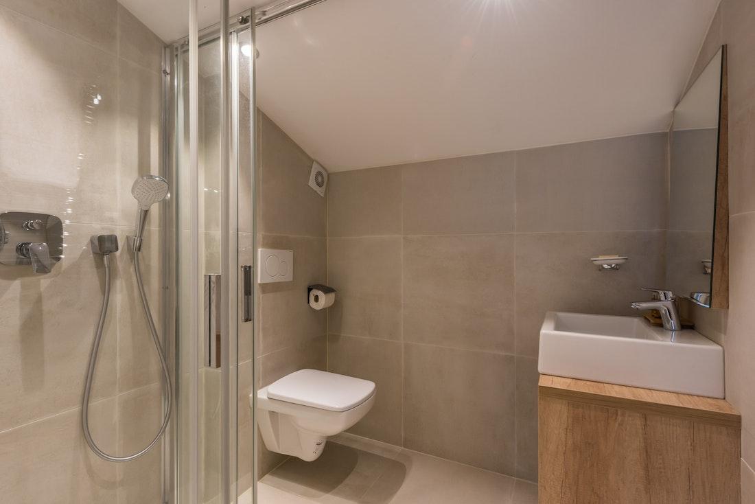 Modern bathroom walk-in shower family apartment Takian Morzine
