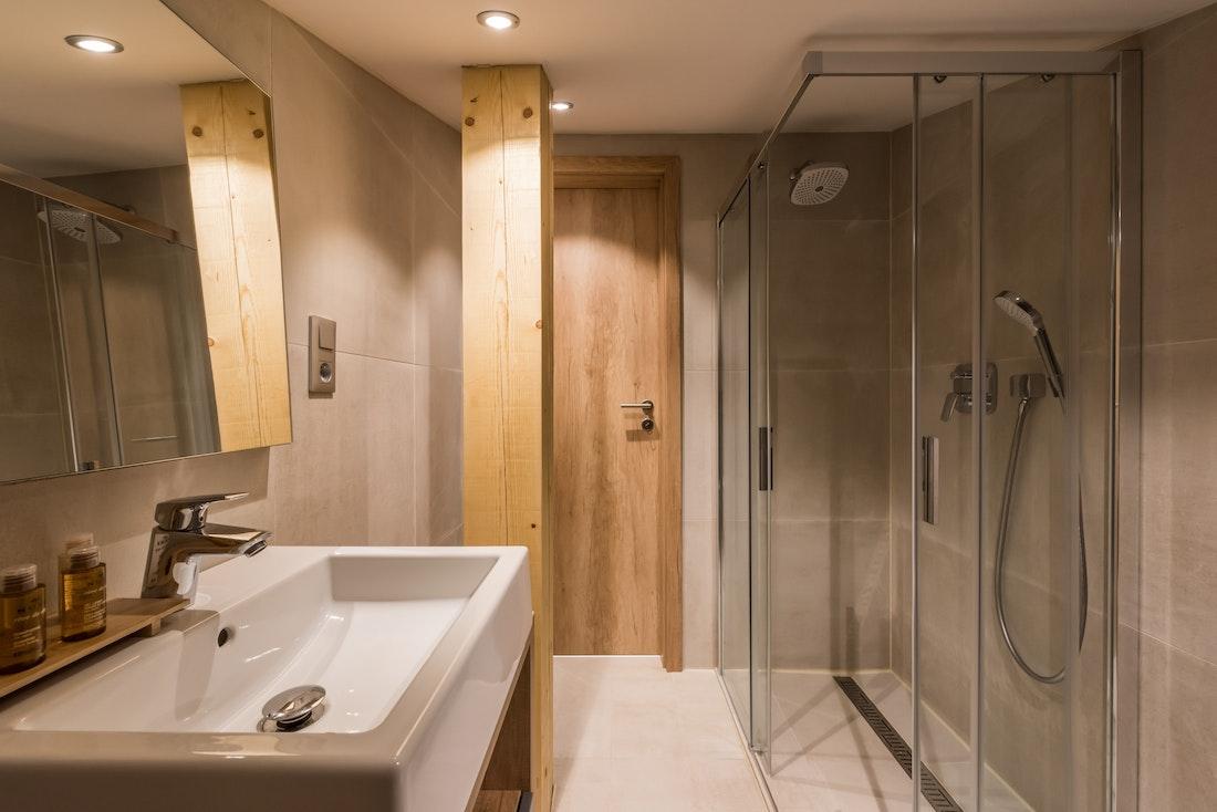 Modern bathroom walk-in shower ski apartment Takian Morzine