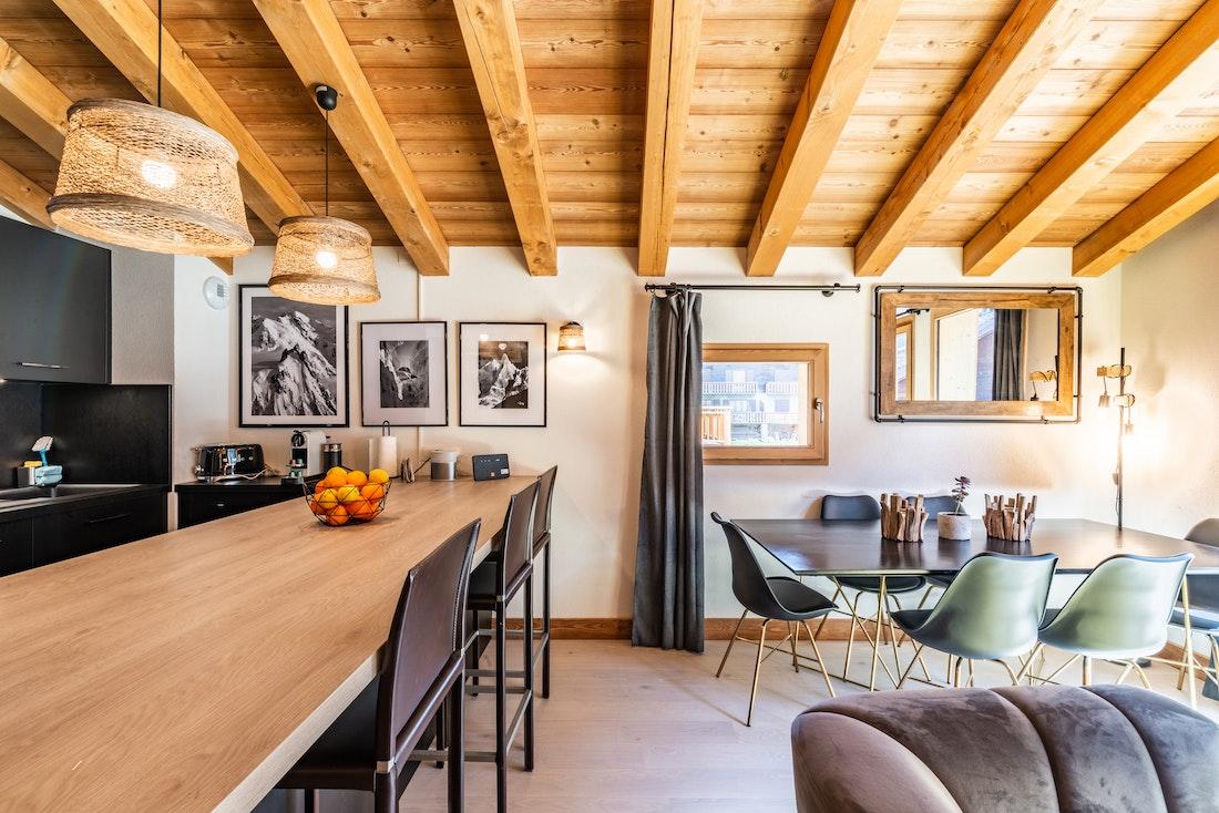 Modern equipped kitchen at Sapelli accommodation in Chamonix